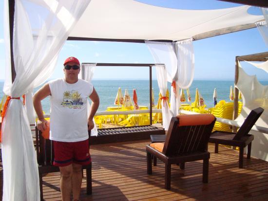 Sueds Plaza Hotel Geral: Restaurante a beira mar.
