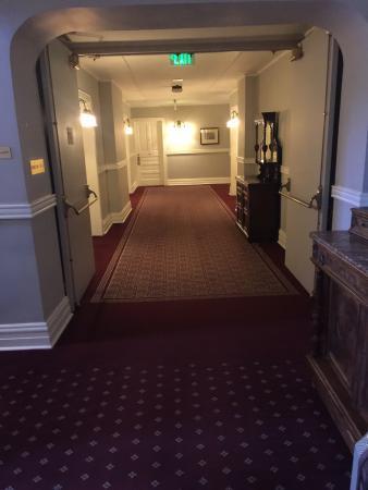 The Oxford Hotel: photo3.jpg