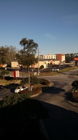 Red Roof Inn Pensacola Fairgrounds: Nice day in Pensacola!