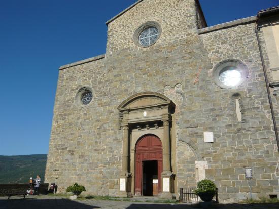 Arezzo, Italien: Guida Turisitca Cortona Duomo