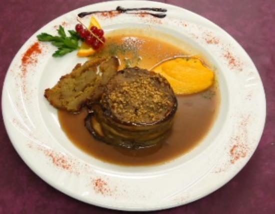 Jarsy, Γαλλία: Charlotte d'agneau sauce foie gras