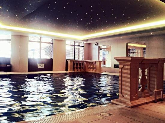 West Kilbride, UK: pool & spa area
