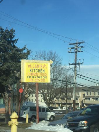 Stamford, CT: DIRTY DUMP!