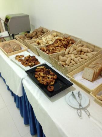 Alvor Baia Resort Hotel: Breakfast