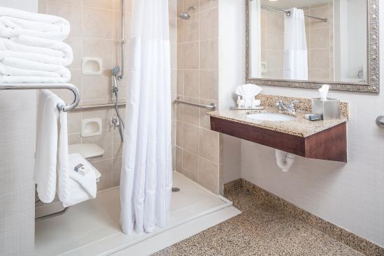 มิลฟอร์ด, แมสซาชูเซตส์: Accessible Bathroom