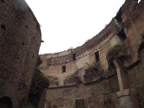 Interno picture of mausoleo di augusto rome tripadvisor for Augusto roma