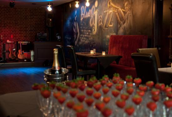 Masterson's Steak House & Wine Bar: Piano Bar & Function Room 2