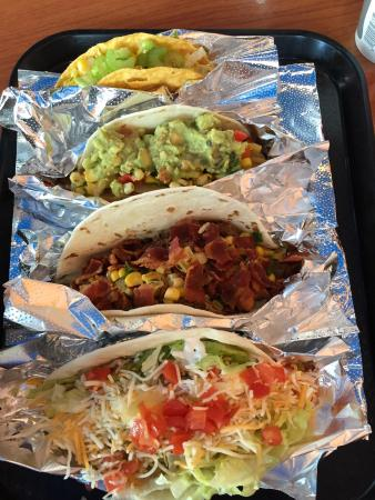 Farmington, มินนิโซตา: Taco Andale