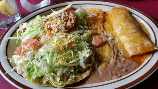 Mazatlan Mexican Restaurant: Combo plate-taco, tostada and enchillada