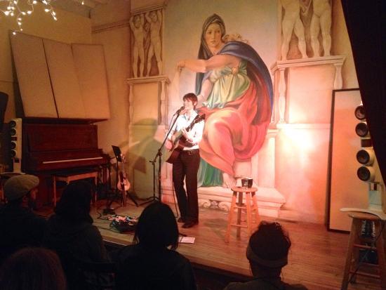 Fairfield, IA: Ellis performing at Cafe P