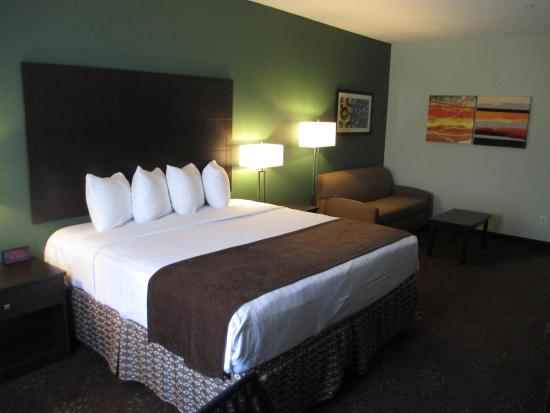 Columbia, MO : Jr. Guest Suite