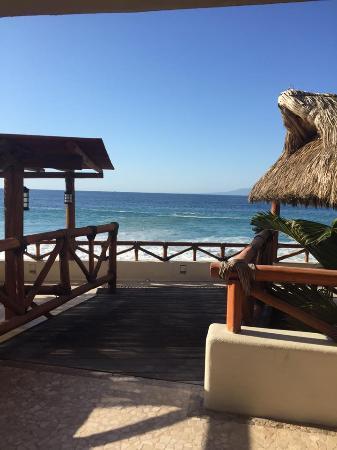 Playa Fiesta BeachClub & Hotel: Photo from king suite on second floor