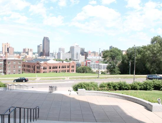 Saint Paul, MN: This is a view front the front of the Cathedral. Beautiful view of downtown.