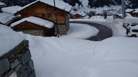 Sainte-Foy-Tarentaise, Francia: The road up the the Chalet