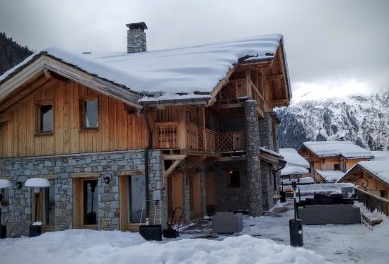 Sainte-Foy-Tarentaise, Francia: View of Chalet from the piste