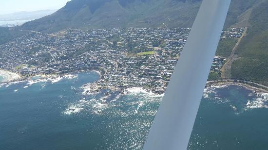 แคมป์สเบย์, แอฟริกาใต้: Camp's Bay From above