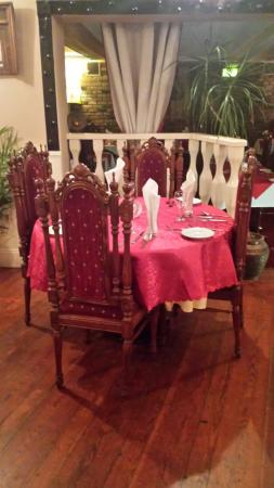 Trim, Irlanda: New round tables for a change