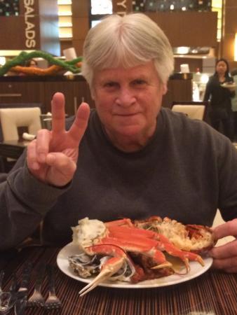 Pala, Καλιφόρνια: my 2nd serving of lobster tail, crab legs, mussels ,shrimp