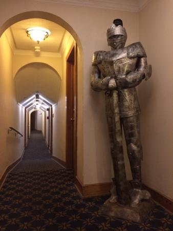 Punderson Manor Lodge and Conference Center: Hallway