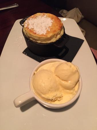 Stoughton, แมสซาชูเซตส์: Vanilla Souffle