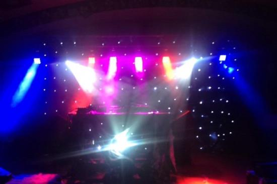 Drogheda, Irlandia: The Venue set up for DJ dance night