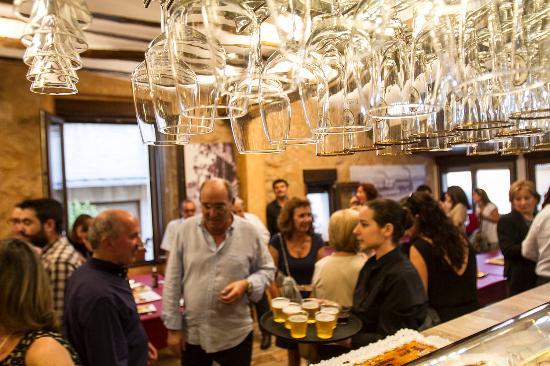 Banyeres de Mariola, Ισπανία: inauguración restobar