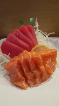 Sekai Sushi: Tuna & Salmon Sashimi...YUM!!!