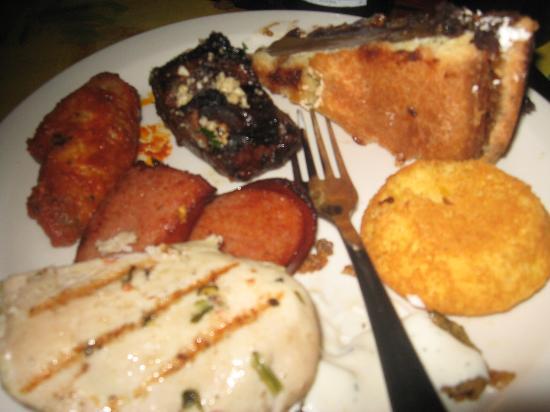 yummy buffet food picture of b b king s blues club memphis rh tripadvisor com