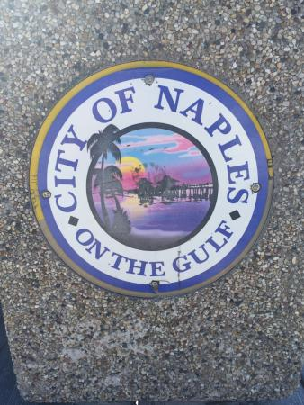Naples Beach : naples sign