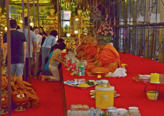 Wat Chana Songkhram - Picture of Wat Chana Songkhram ...