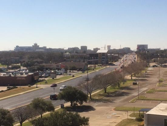 College Station, تكساس: Morning view from room. Kyle Field is top left.