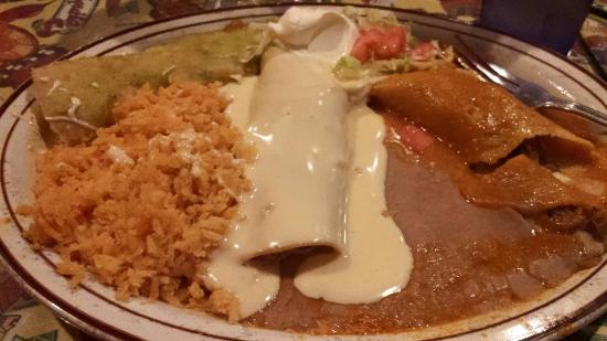 Waseca, MN: Las Mexicans (3 enchiladas of your choice with three delicious sauces).