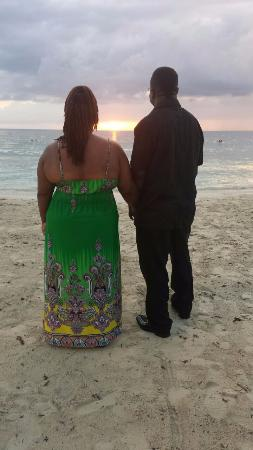 Couples Swept Away: Sunset pics