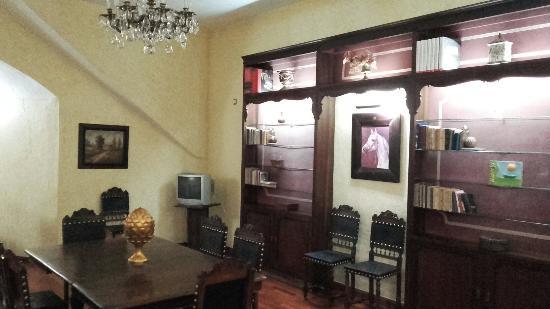 Hotel Sao Joao de Deus: 20160205_214913_large.jpg