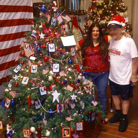 Plantation Historical Museum : Presidential Christmas Tree