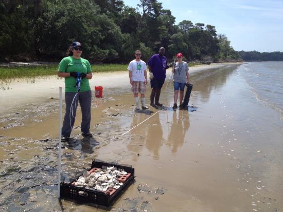 Ponte Vedra Beach, FL: College student volunteers & staff @ GTM
