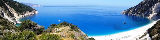 Myrtos Beach: la baia