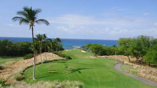 Mauna Kea Resort Golf Course: Mauna Kea #11 - Par 3 - resort tees 206 yards