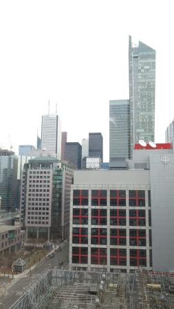 Courtyard by Marriott Toronto Downtown: The view from our room.