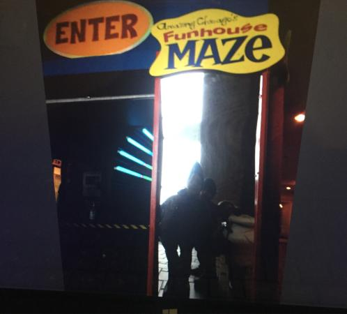 Amazing Chicago's Funhouse Maze : Bem divertido.