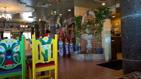 Hacienda Real: Lots of luscious color and architecture.