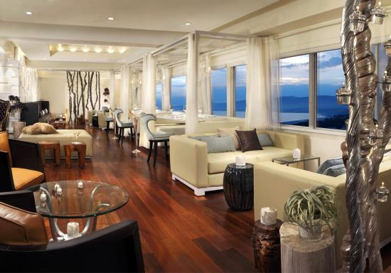 Huntley Santa Monica Beach: Penthouse Restaurant Lounge