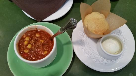 Tipp City, OH: Turkey Chili and Cornbread.