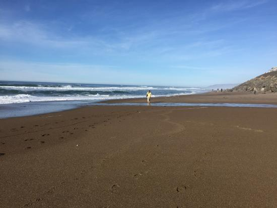 Gleneden Beach, OR: Walk on the beach right outside to condo.