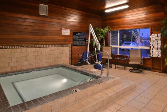 Idaho Falls, ID: indoor whirlpool