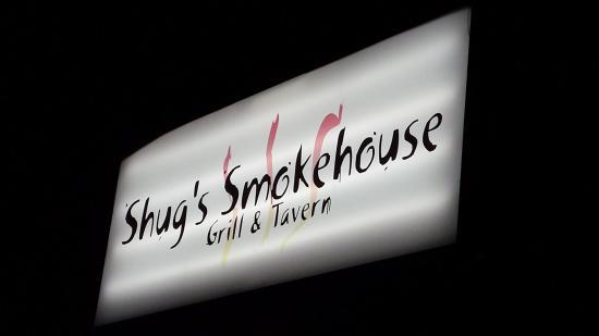 Hartsville, ساوث كارولينا: Look for this sign, good eatin' inside.