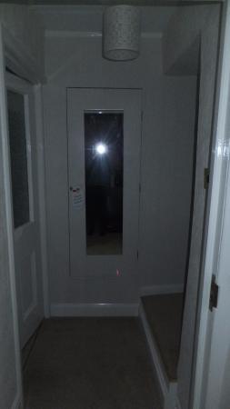 Leyburn, UK: Entrance in our room