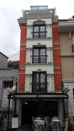 Divalis Hotel: Frente del Hotel