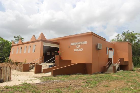 Πούντα Γκόρντα, Μπελίζ: The Maya House of Cacao