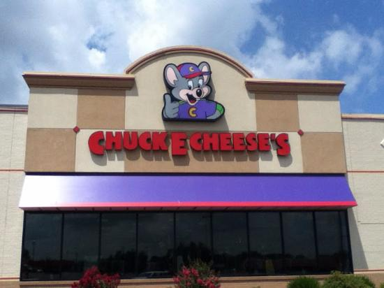 The outside view of the front of Chuck E. Cheeses in Fayetteville